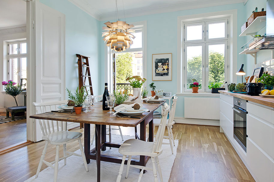 creative-upper-husargatan-gothenburg-dining-room-next-to-living-room