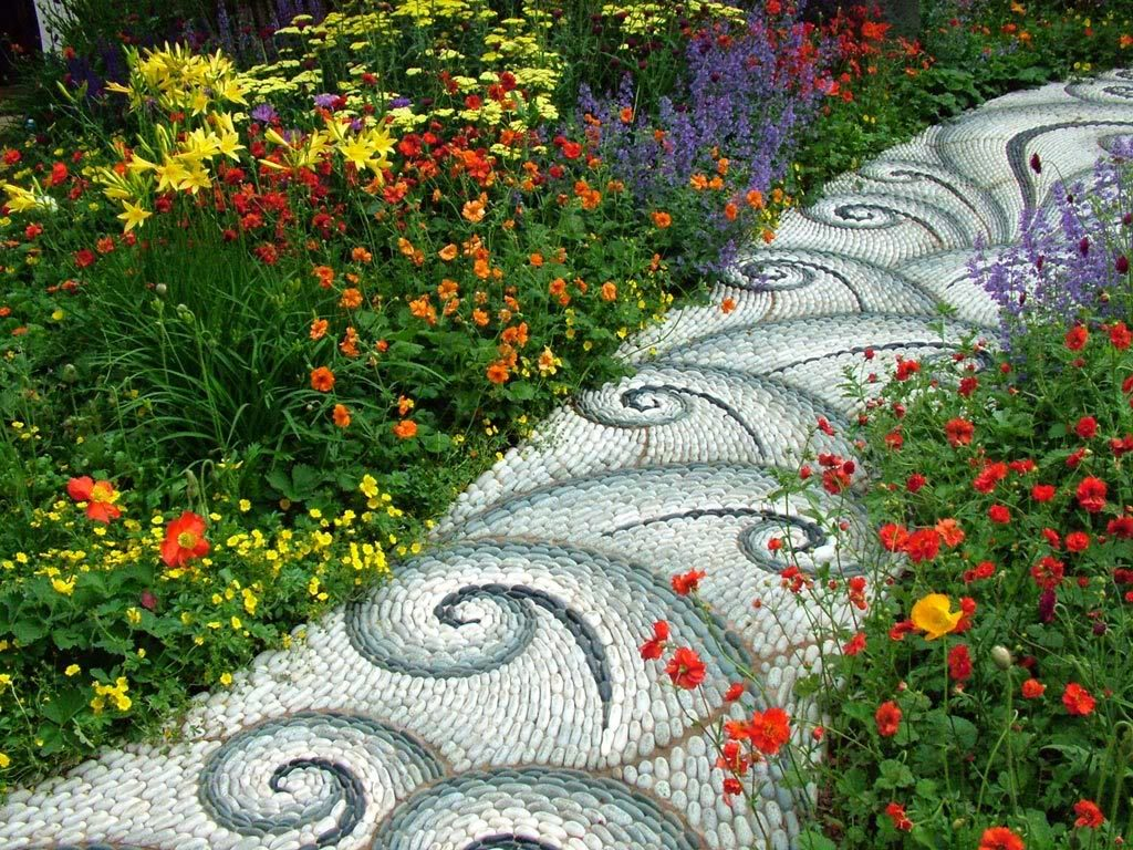 pebble-mosaic-path