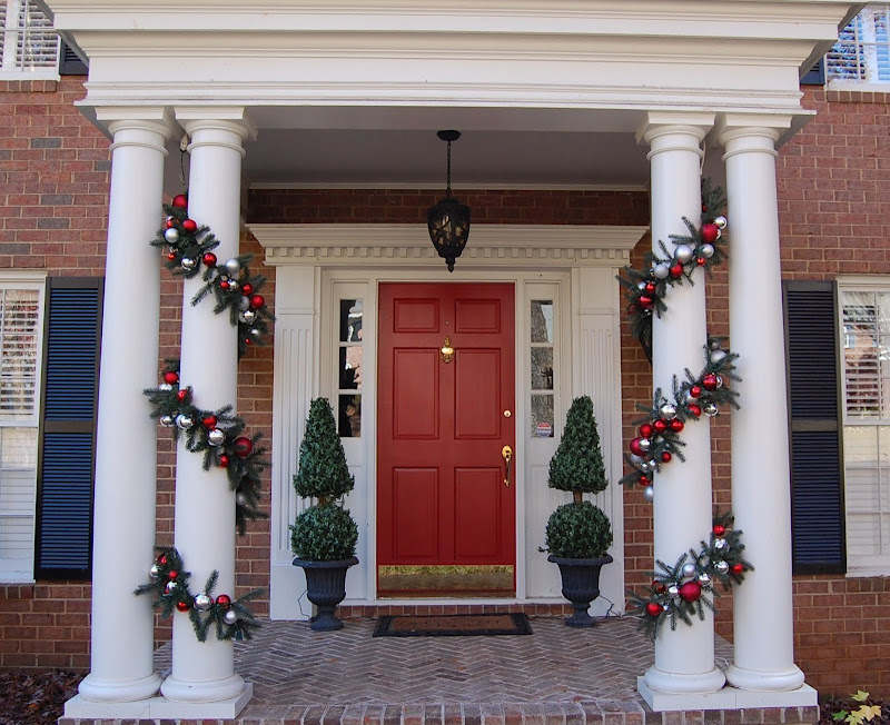 holiday-curb-appeal