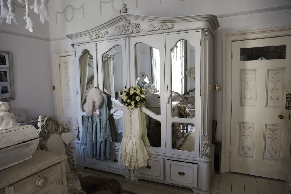 adorable-england-pandas-house-as-wells-as-shabby-home-also-a-shabby-styled_shabby-chic-bedroom