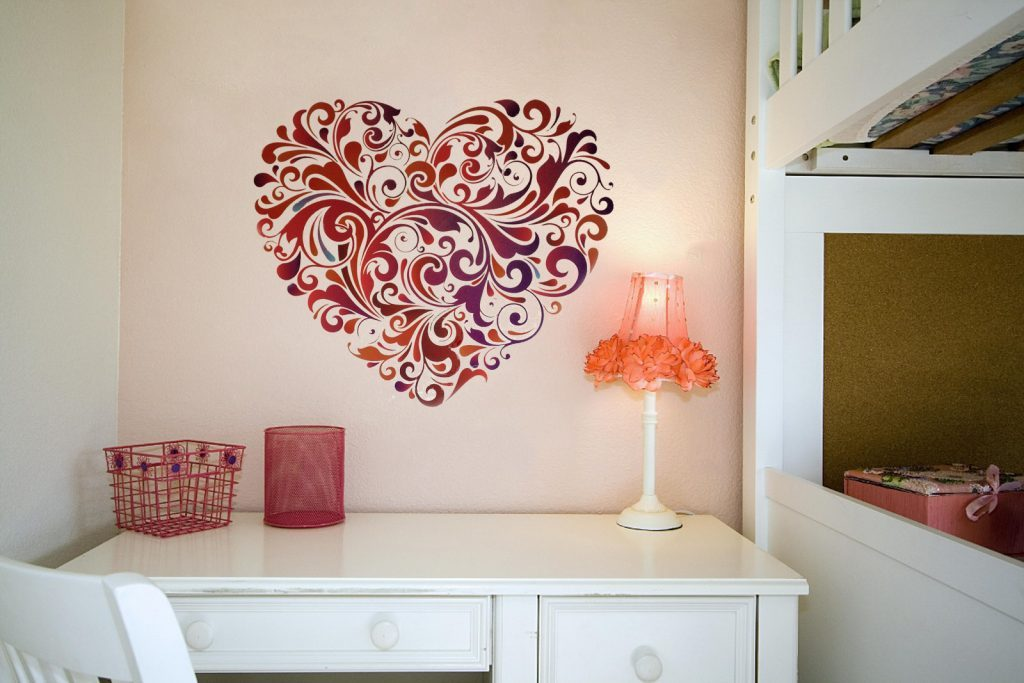 white-painted-wooden-romantic-wall-art-for-bedroom-study-desk-beautiful-table-lamp-bright-pink-floral-1024x683